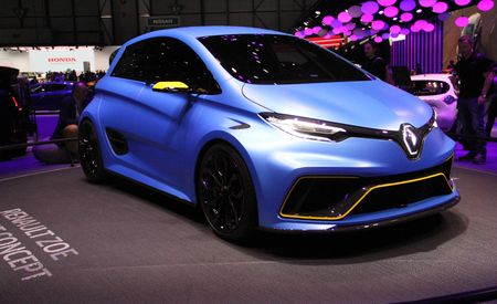 Zoe, Is That You? Renault's EV Hatch Gets a 456-HP Racy Makeover