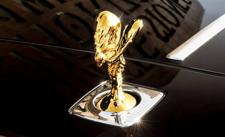 Rolls-Royce Wraith Inspired by British Music - Slide 7