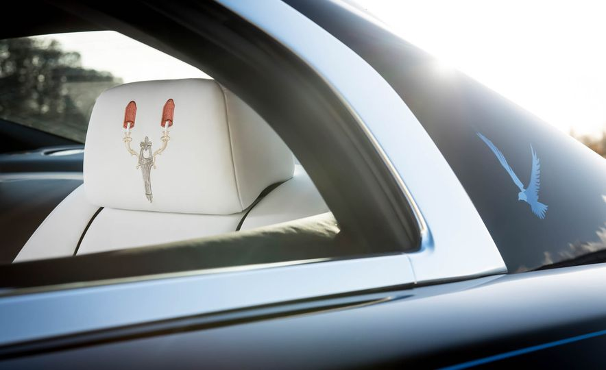 Rolls-Royce Wraith Inspired by British Music - Slide 11