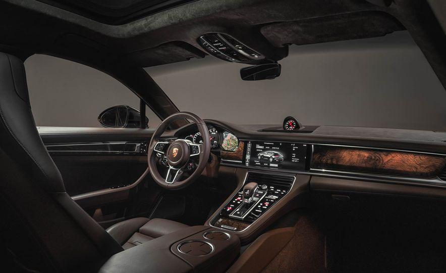 2018 Porsche Panamera Sport Turismo - Slide 42