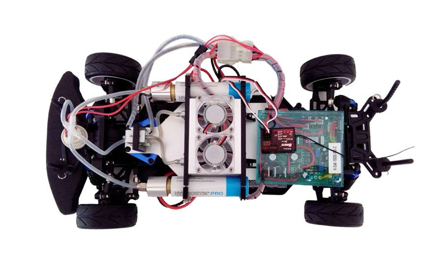 Why High-Schoolers Are Building Remote-Controlled Fuel-Cell Race Cars - Slide 7