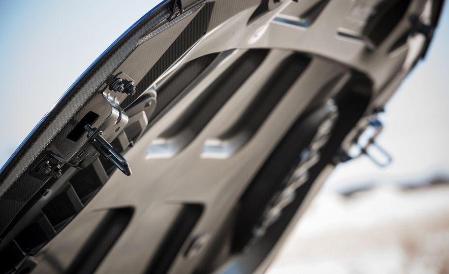 The 505-HP 2017 Alfa Romeo Giulia Quadrifoglio's Hotness, Visually Explained - Slide 5