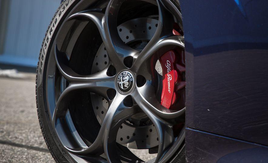 The 505-HP 2017 Alfa Romeo Giulia Quadrifoglio's Hotness, Visually Explained - Slide 7