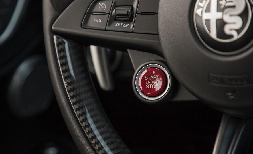 The 505-HP 2017 Alfa Romeo Giulia Quadrifoglio's Hotness, Visually Explained - Slide 13
