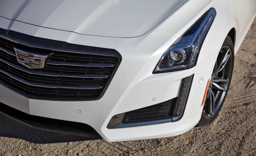 2017 Cadillac CTS V-Sport - Slide 4