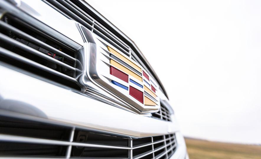 2017 Cadillac Escalade - Slide 13