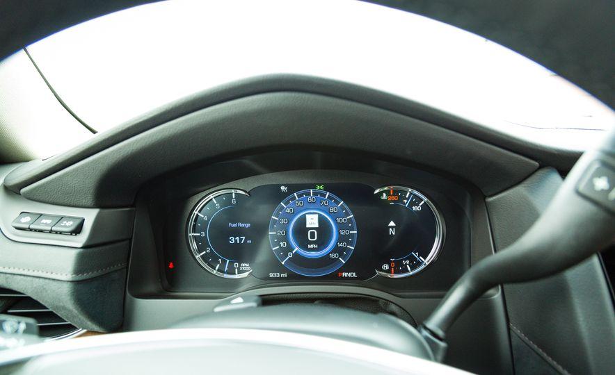 2017 Cadillac Escalade - Slide 21