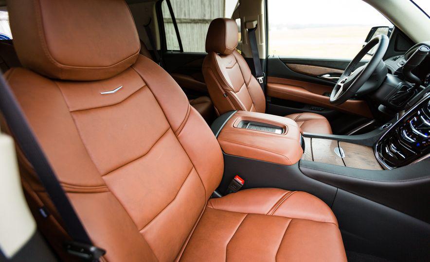 2017 Cadillac Escalade - Slide 34