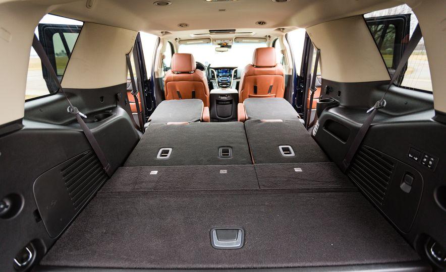 2017 Cadillac Escalade - Slide 44
