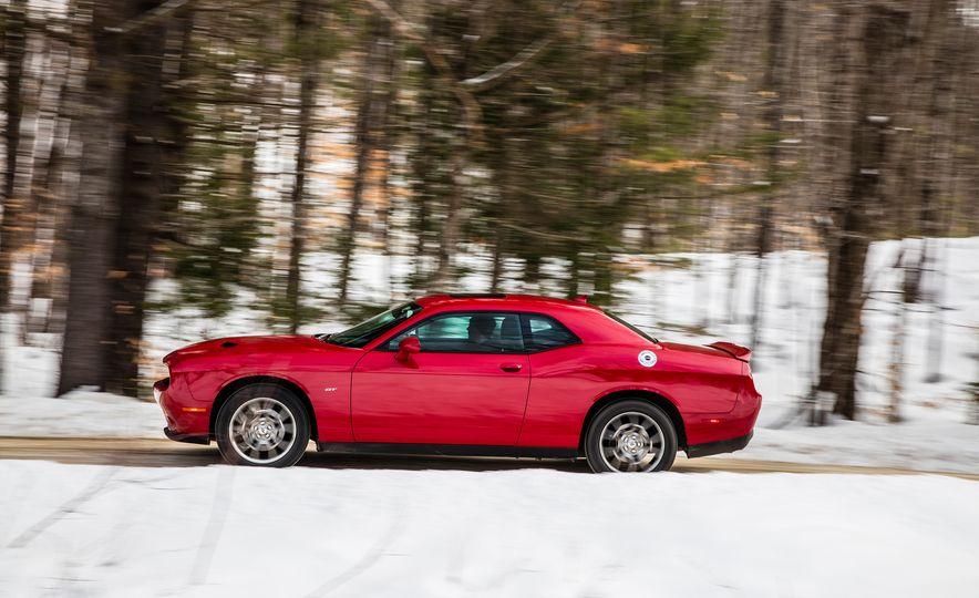 2017 Dodge Challenger GT AWD - Slide 5