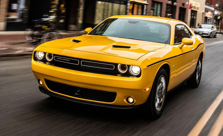 2017 Dodge Challenger GT AWD - Slide 26