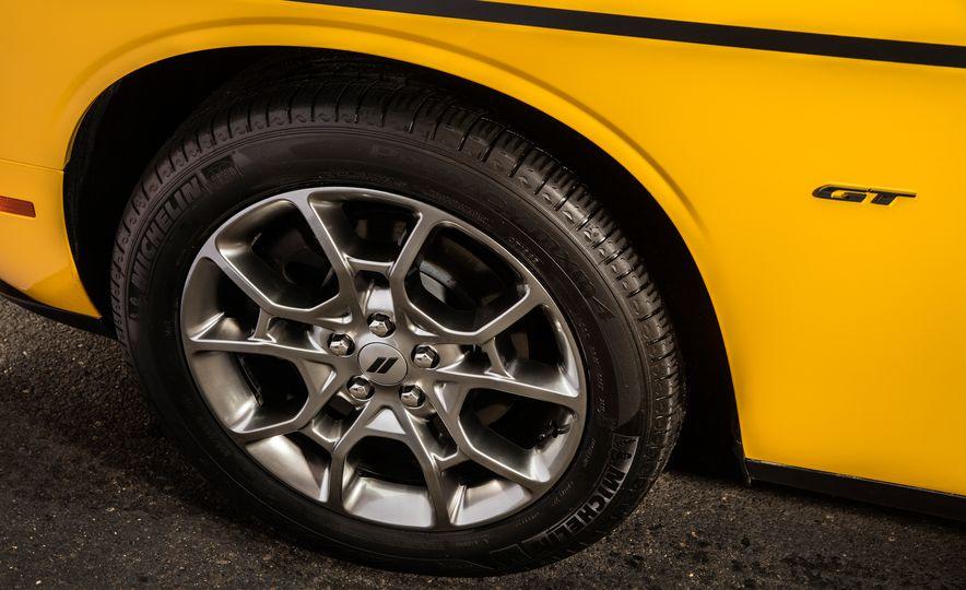 2017 Dodge Challenger GT AWD - Slide 35
