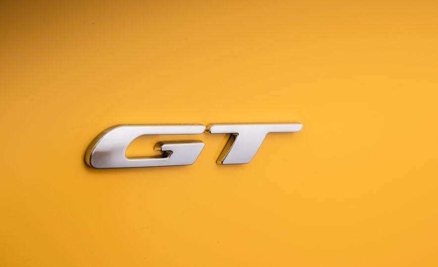 2017 Dodge Challenger GT AWD - Slide 37