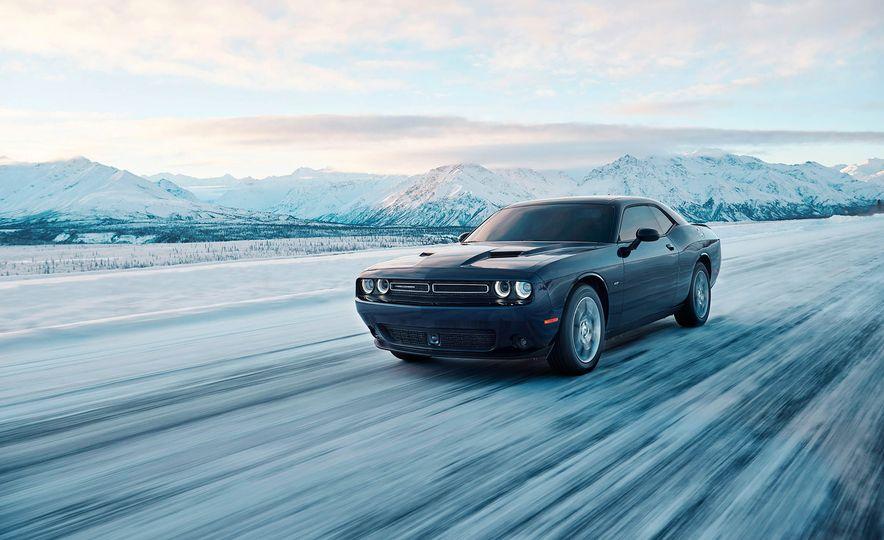 2017 Dodge Challenger GT AWD - Slide 41