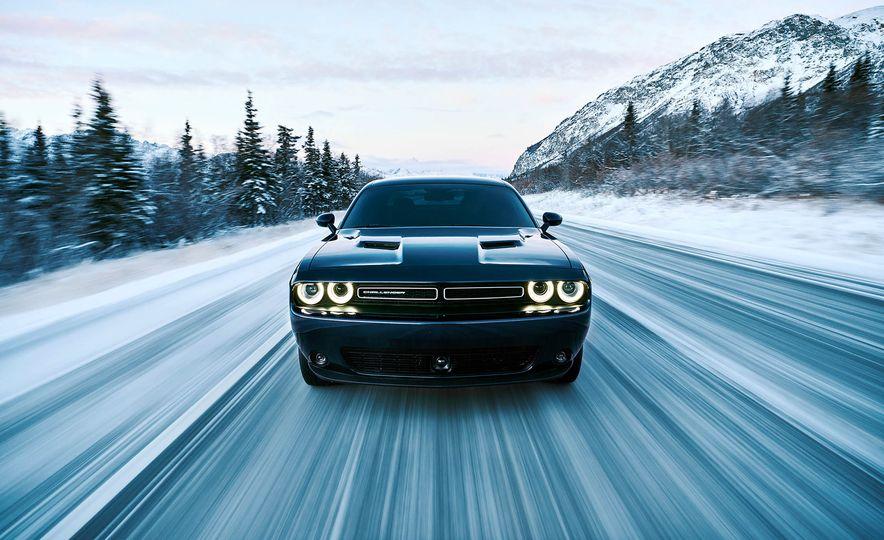 2017 Dodge Challenger GT AWD - Slide 42