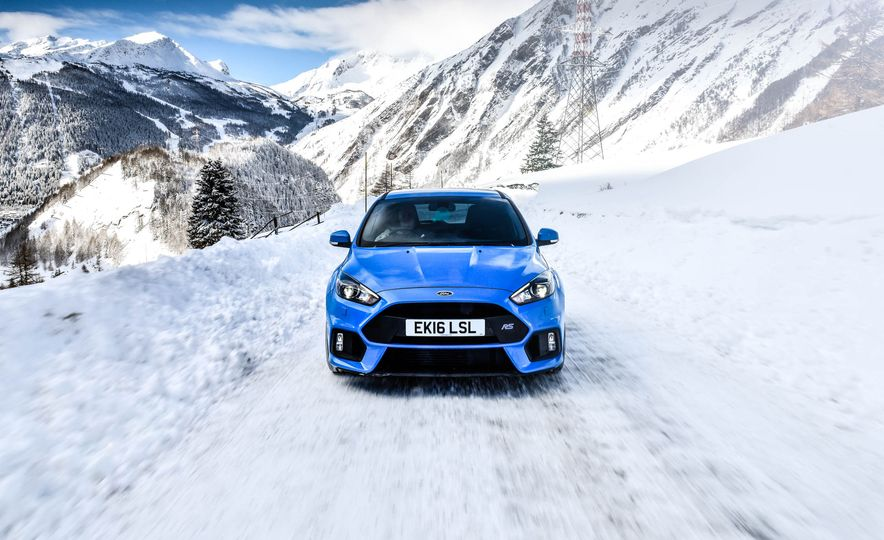 2017 Ford Focus RS with Ford Mountune performance kit - Slide 1