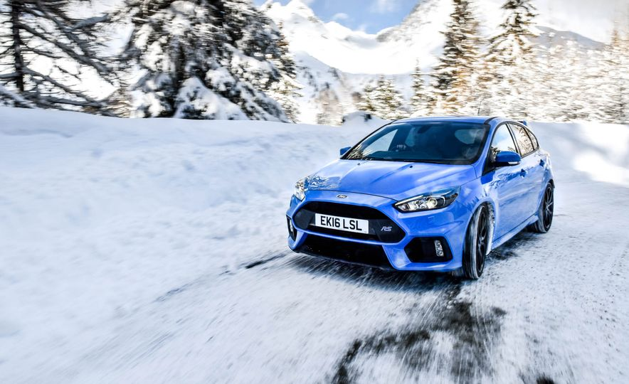 2017 Ford Focus RS with Ford Mountune performance kit - Slide 3