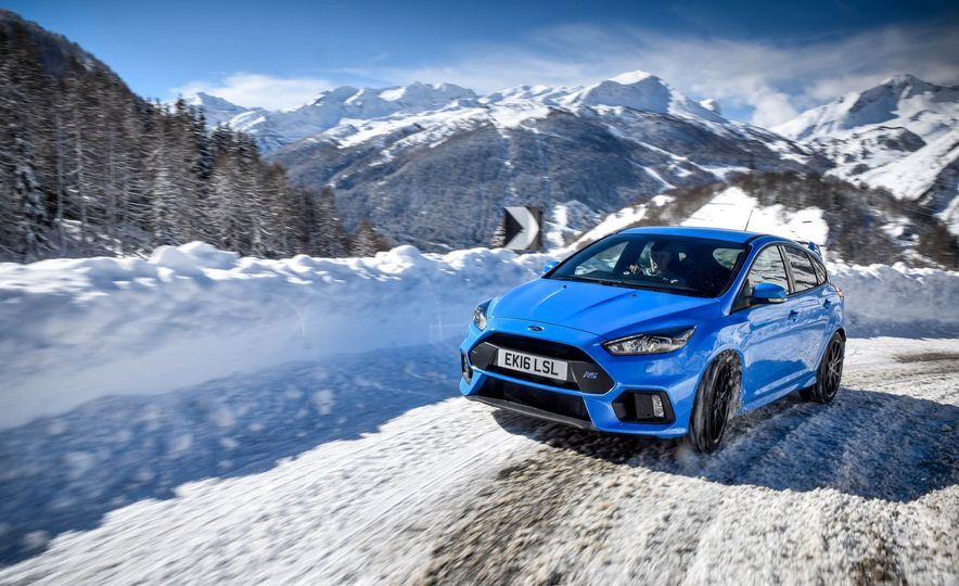 2017 Ford Focus RS with Ford Mountune performance kit - Slide 5