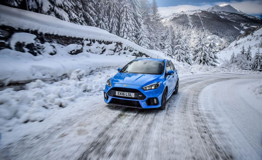 2017 Ford Focus RS with Ford Mountune performance kit - Slide 6