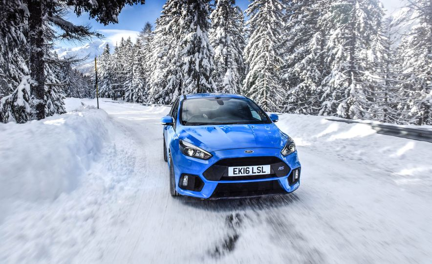 2017 Ford Focus RS with Ford Mountune performance kit - Slide 8