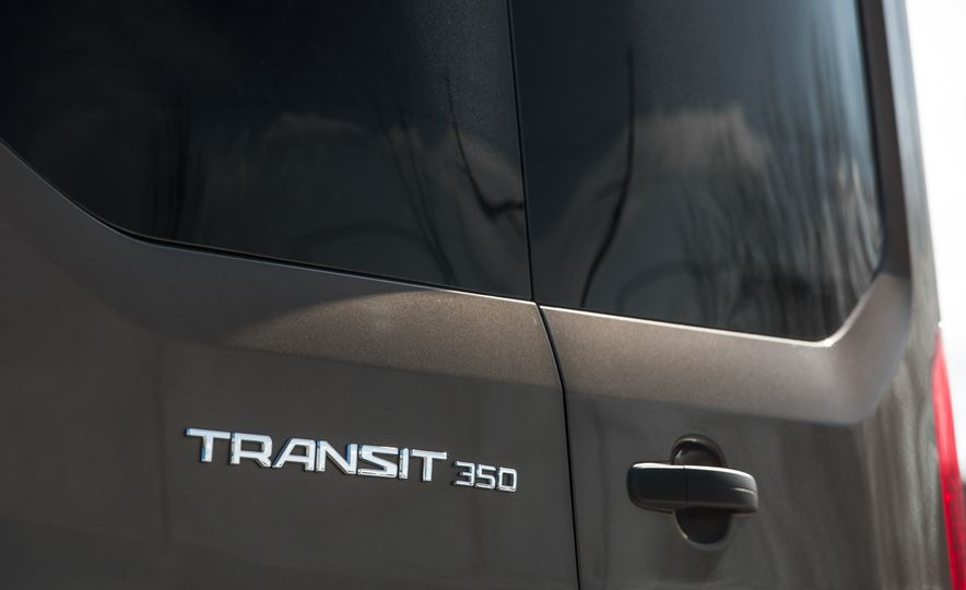 2017 Ford Transit 350 Cargo Mid-Roof - Slide 21