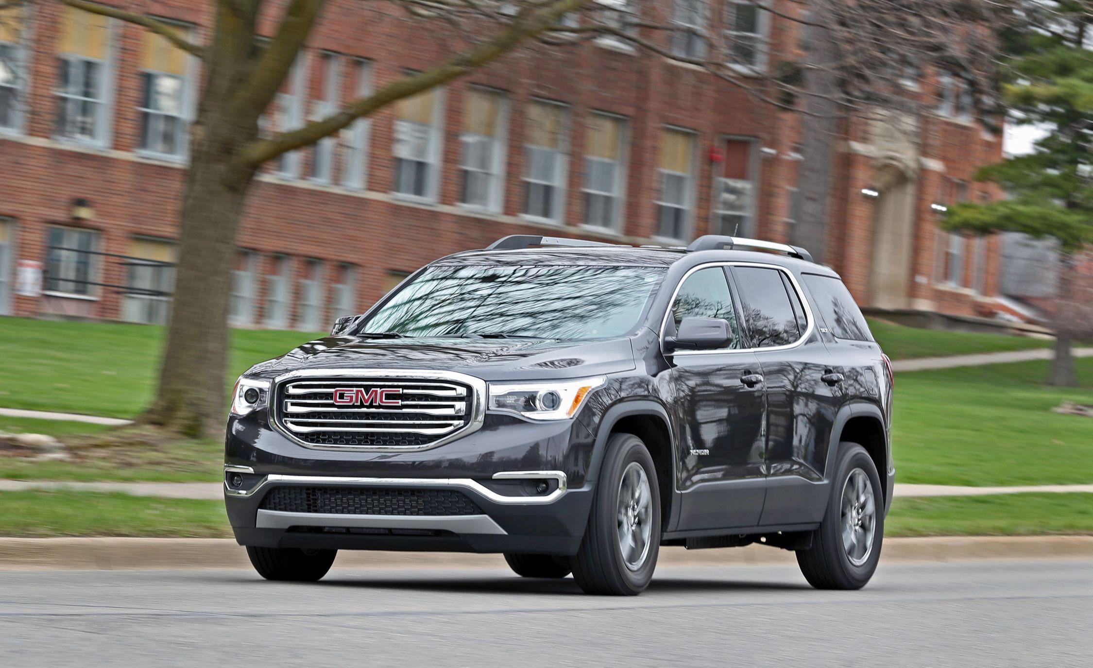 2020 Gmc Acadia Reviews Price Photos And Specs Car Driver