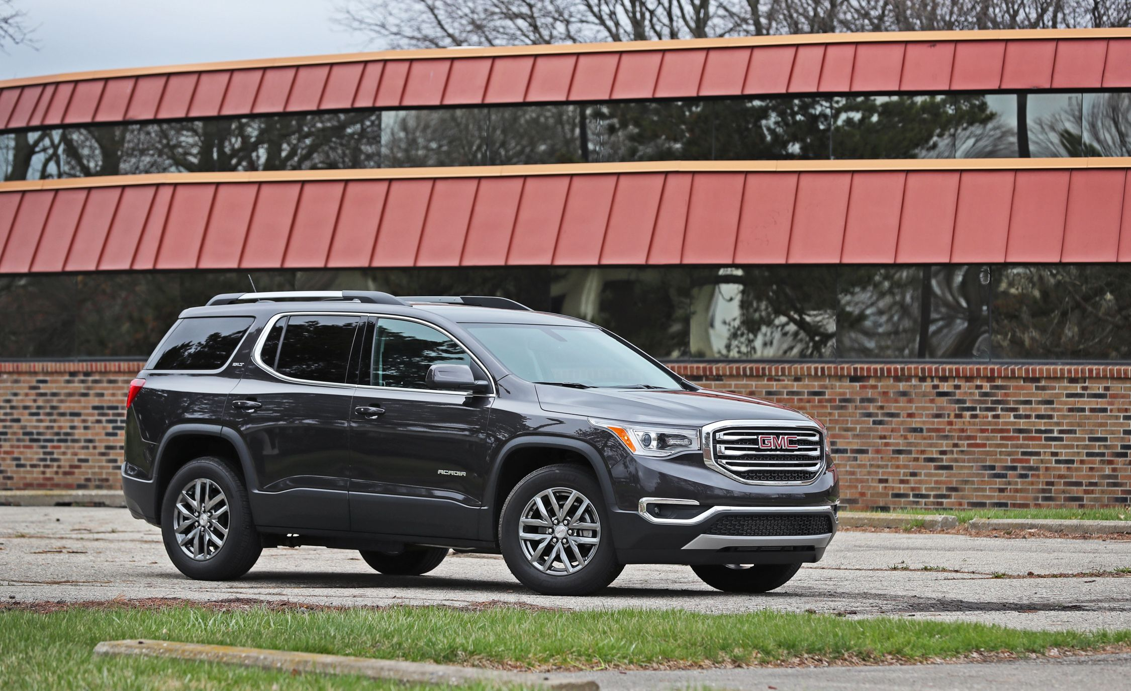 gallery articles and gmc denali cheers reviews acadia gears