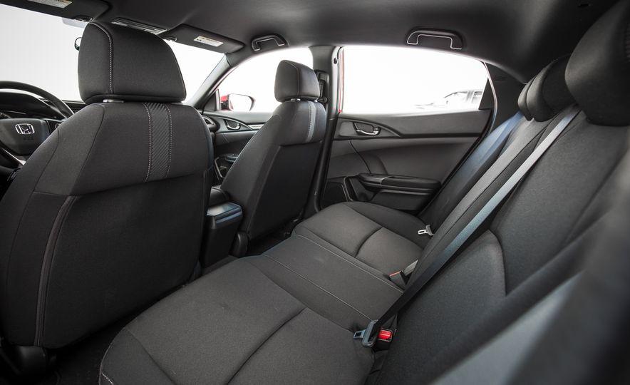 2017 Honda Civic hatchback - Slide 29