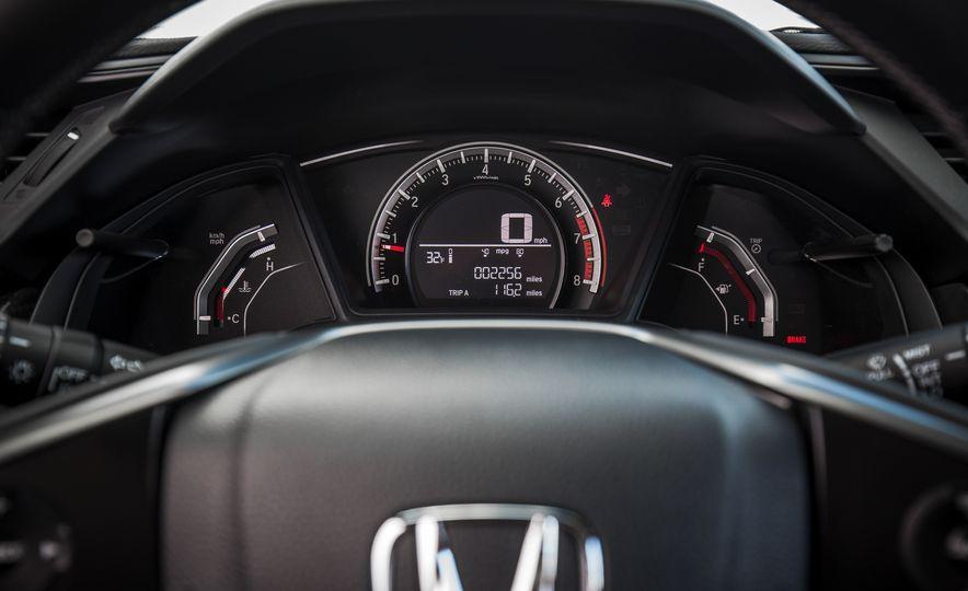 2017 Honda Civic hatchback - Slide 36