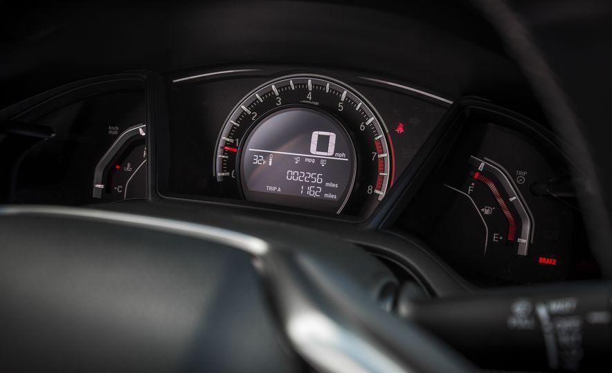 2017 Honda Civic hatchback - Slide 37