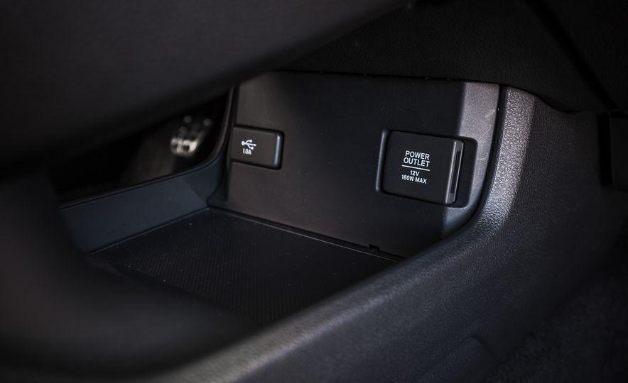 2017 Honda Civic hatchback - Slide 45
