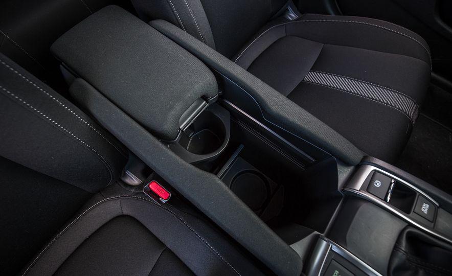 2017 Honda Civic hatchback - Slide 46