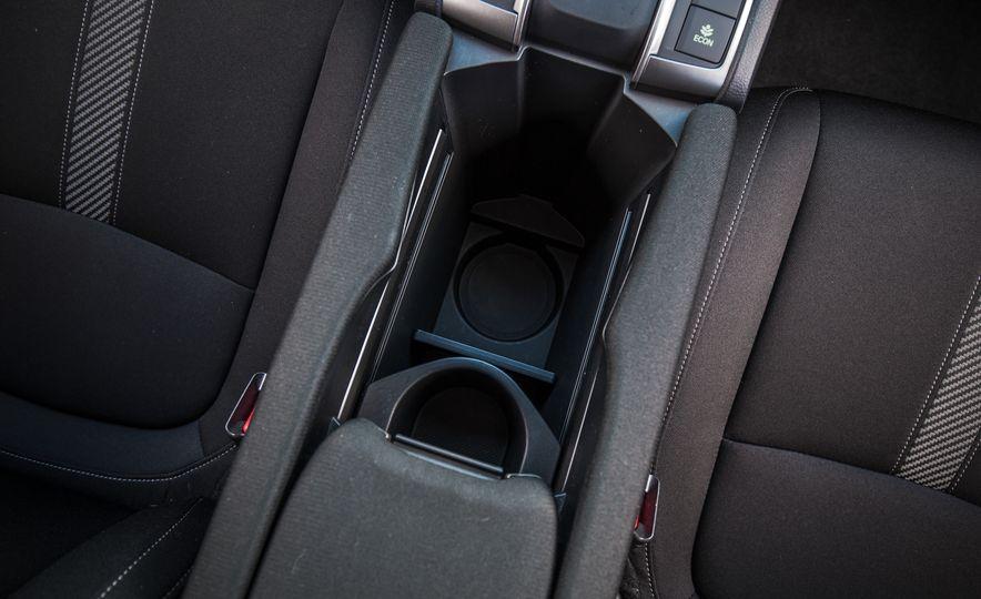 2017 Honda Civic hatchback - Slide 49