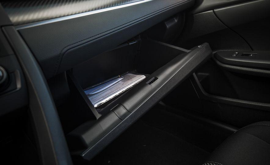 2017 Honda Civic hatchback - Slide 51