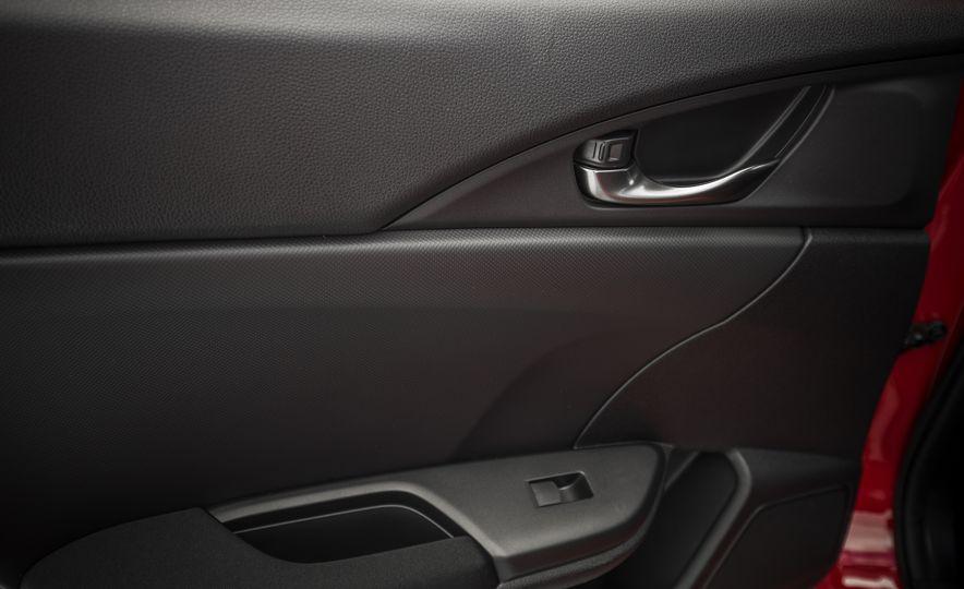 2017 Honda Civic hatchback - Slide 56