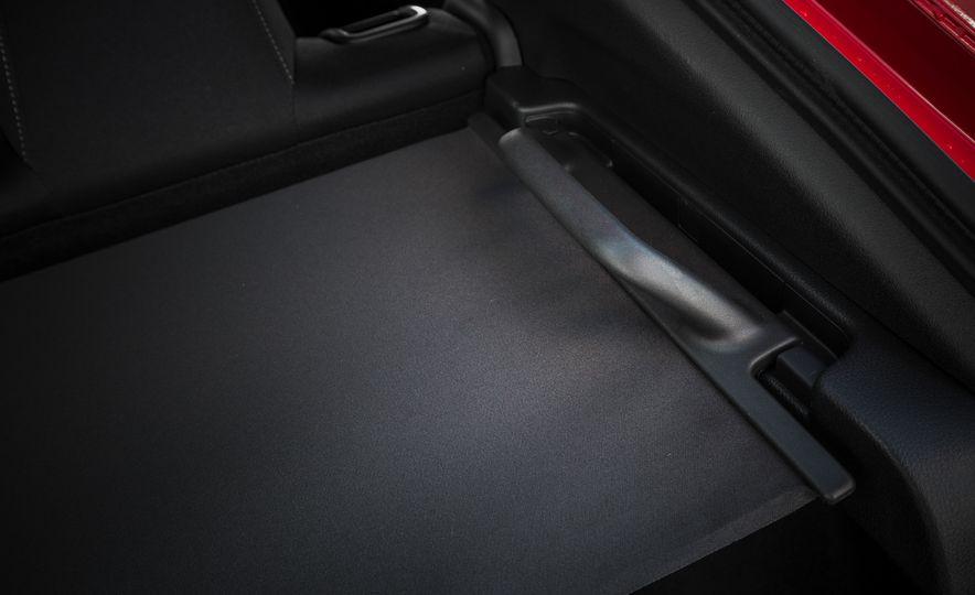 2017 Honda Civic hatchback - Slide 60