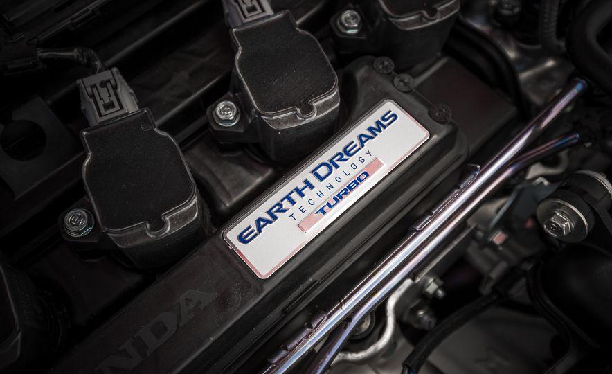 2017 Honda Civic hatchback - Slide 68
