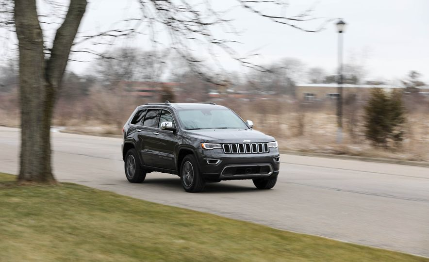 2017 Jeep Grand Cherokee - Slide 1