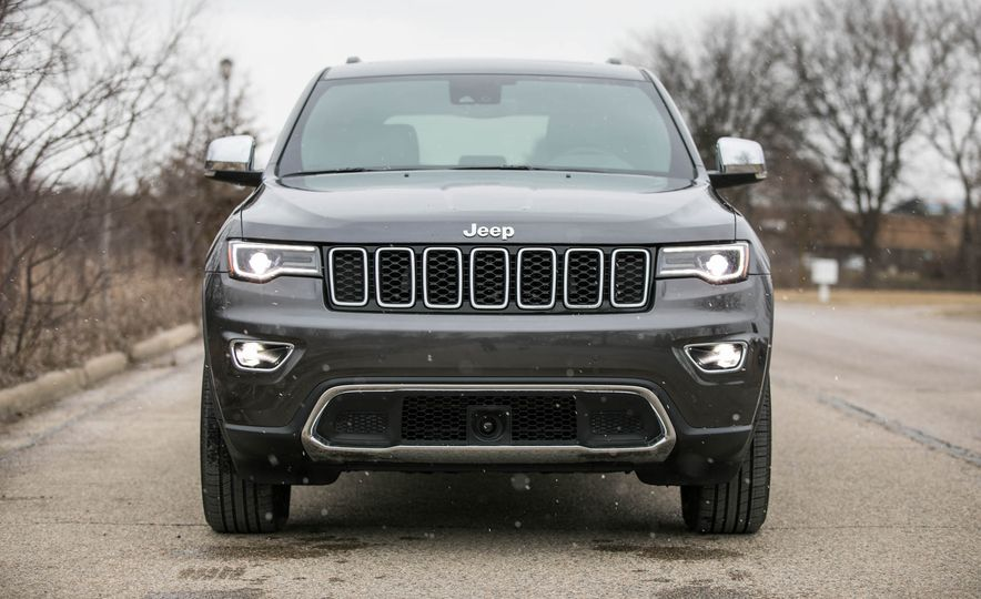 2017 Jeep Grand Cherokee - Slide 9