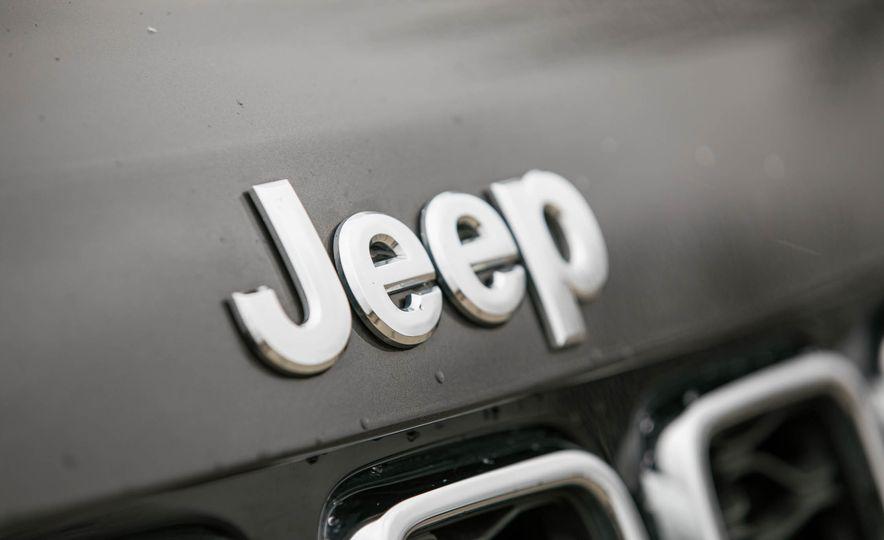 2017 Jeep Grand Cherokee - Slide 20