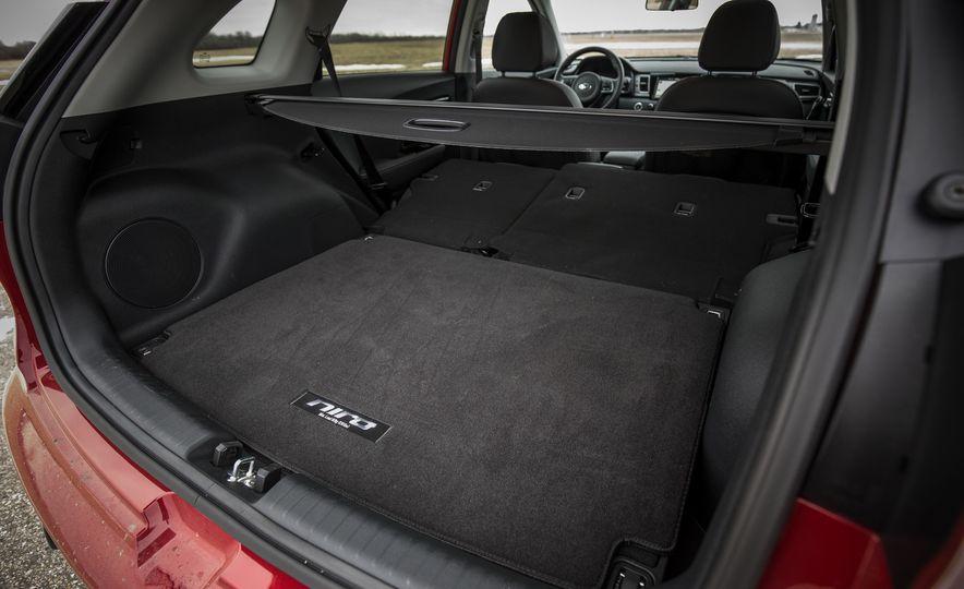 2018 Kia Niro plug-in hybrid - Slide 14