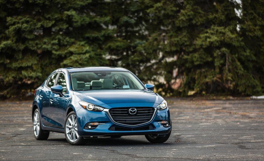 2017 Mazda 3 - Slide 8