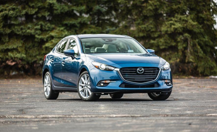 2017 Mazda 3 - Slide 9