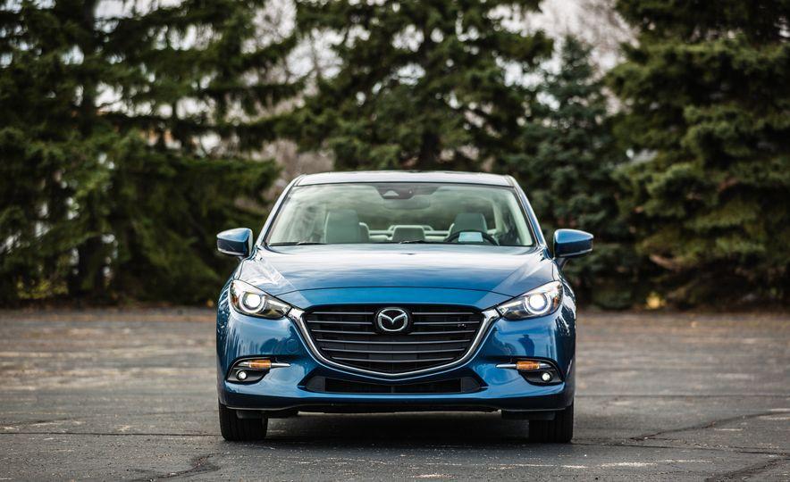 2017 Mazda 3 - Slide 10