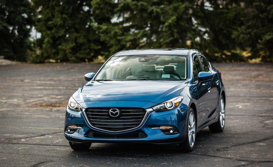 2017 Mazda 3 - Slide 11