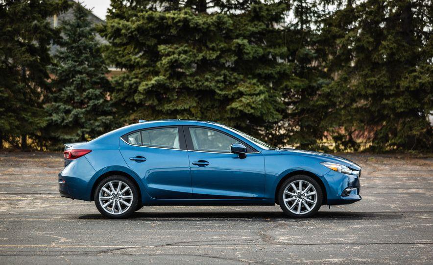2017 Mazda 3 - Slide 15