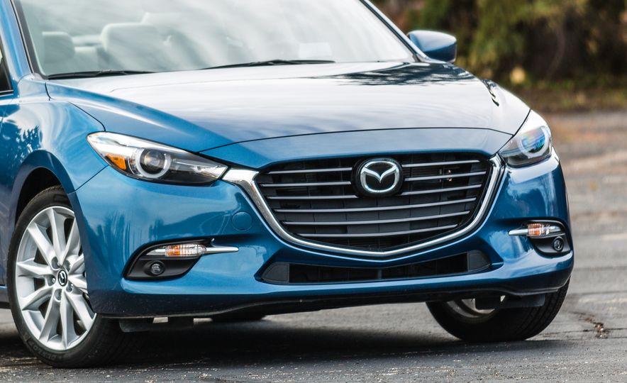 2017 Mazda 3 - Slide 16