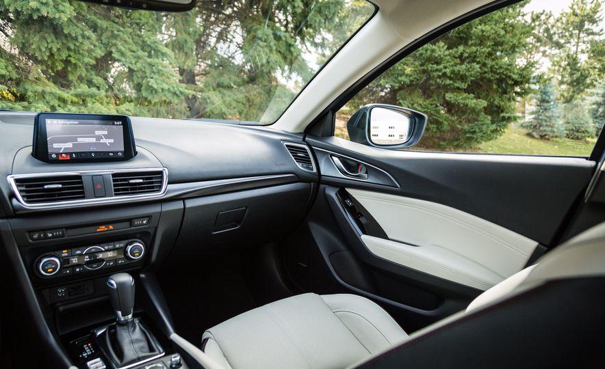 2017 Mazda 3 - Slide 41