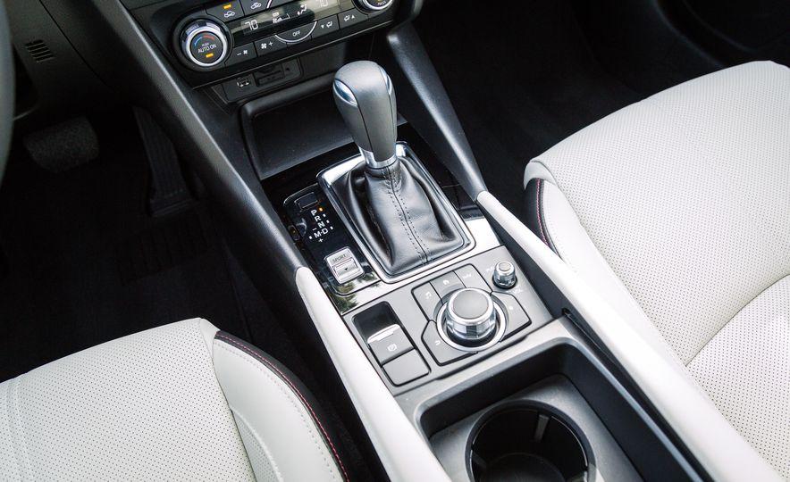 2017 Mazda 3 - Slide 43