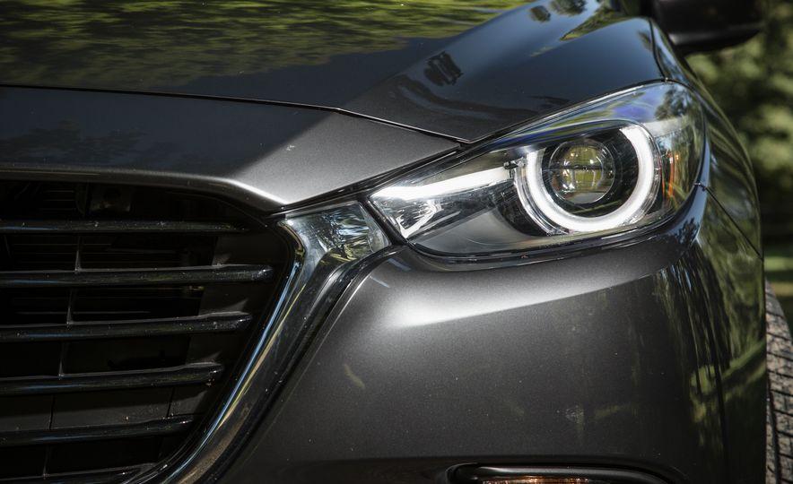 2017 Mazda 3 - Slide 70